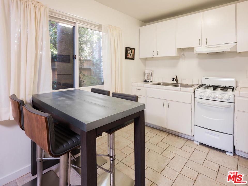 823 WESTBOURNE, West Hollywood, CA 90069