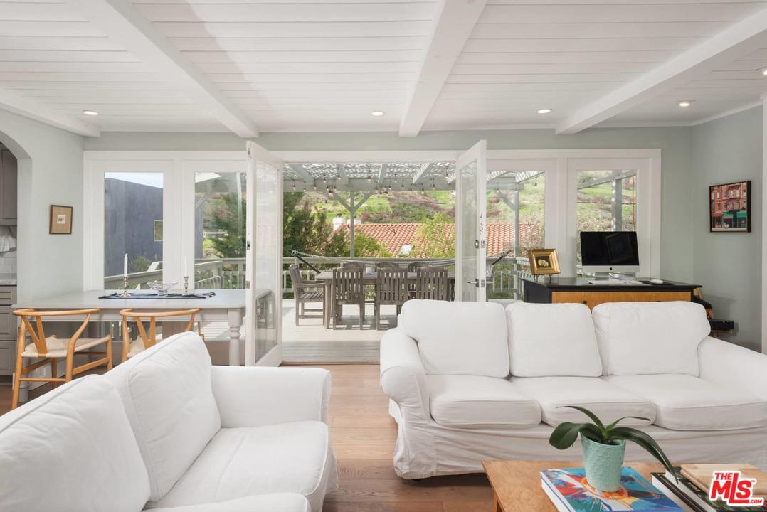 2915 SEARIDGE, Malibu, CA 90265
