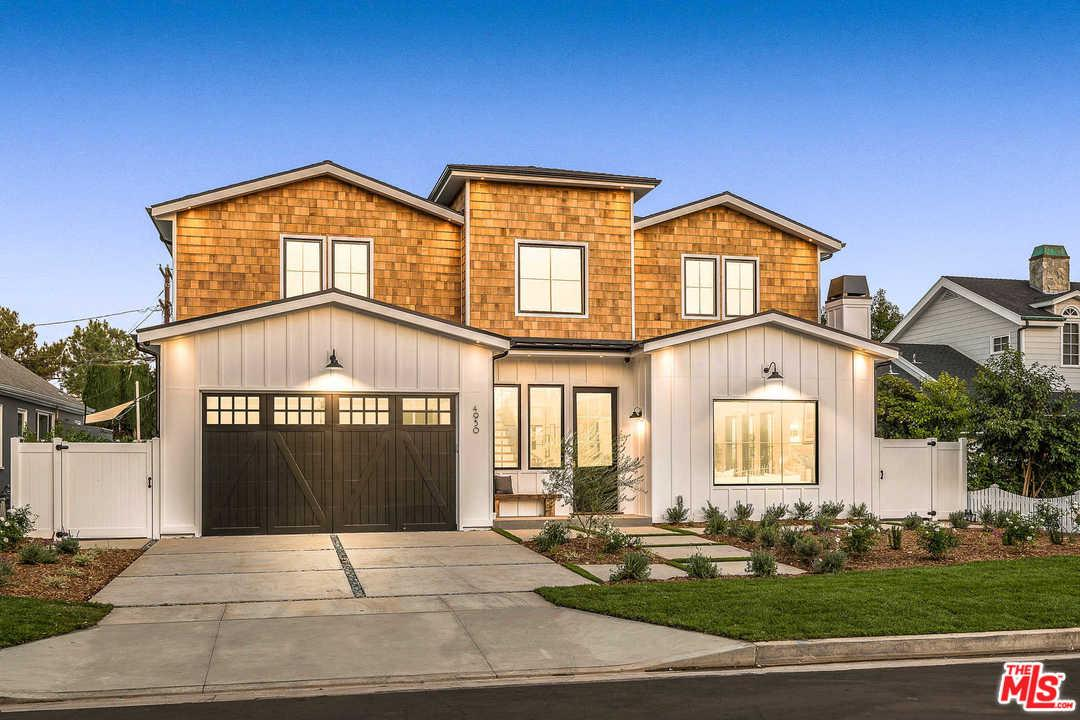4950 MAMMOTH, Sherman Oaks, CA 91423