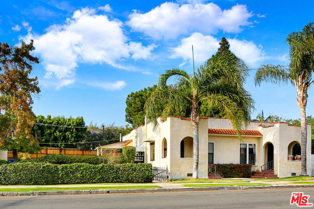 12107 CHARNOCK, Los Angeles (City), CA 90066