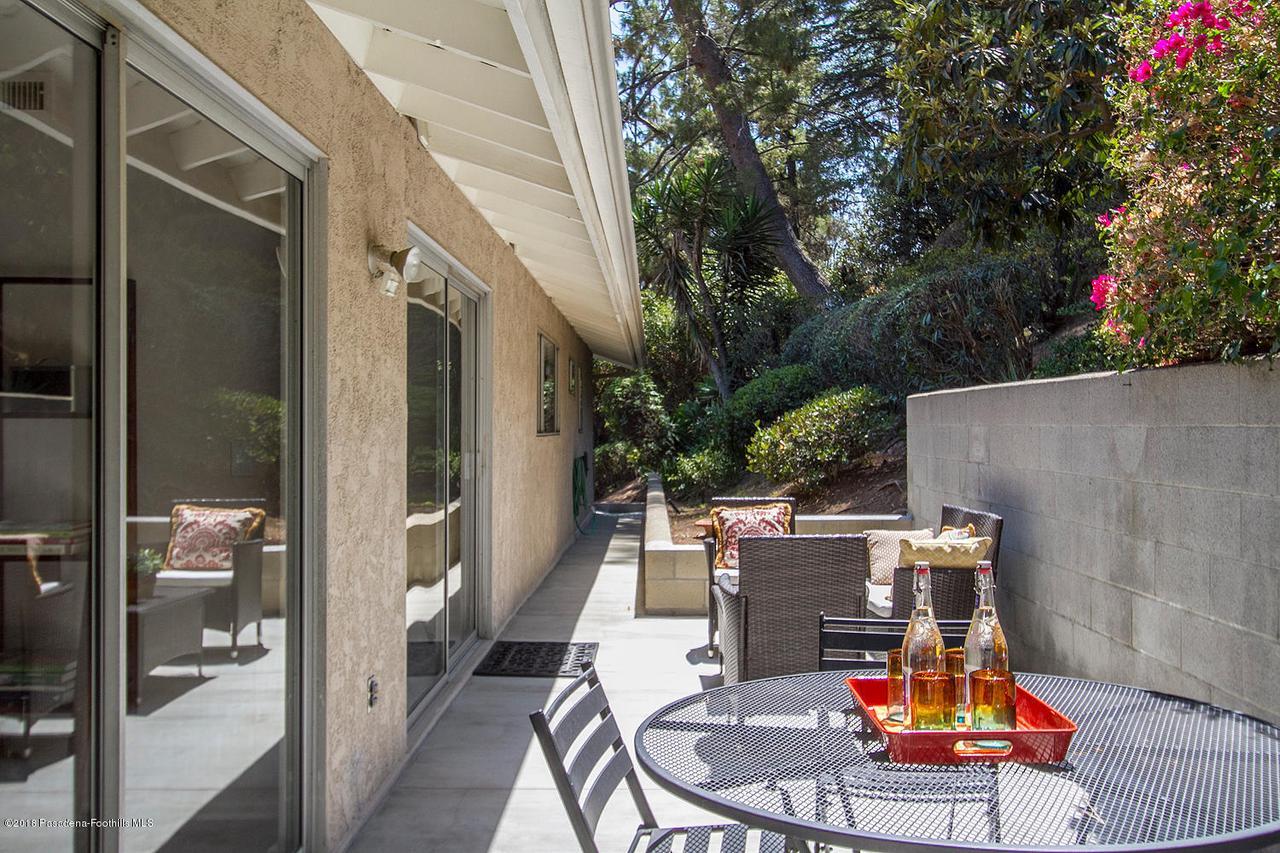 207 LOS LAURELES, South Pasadena, CA 91030 - 207 Los Laureles St 028-mls
