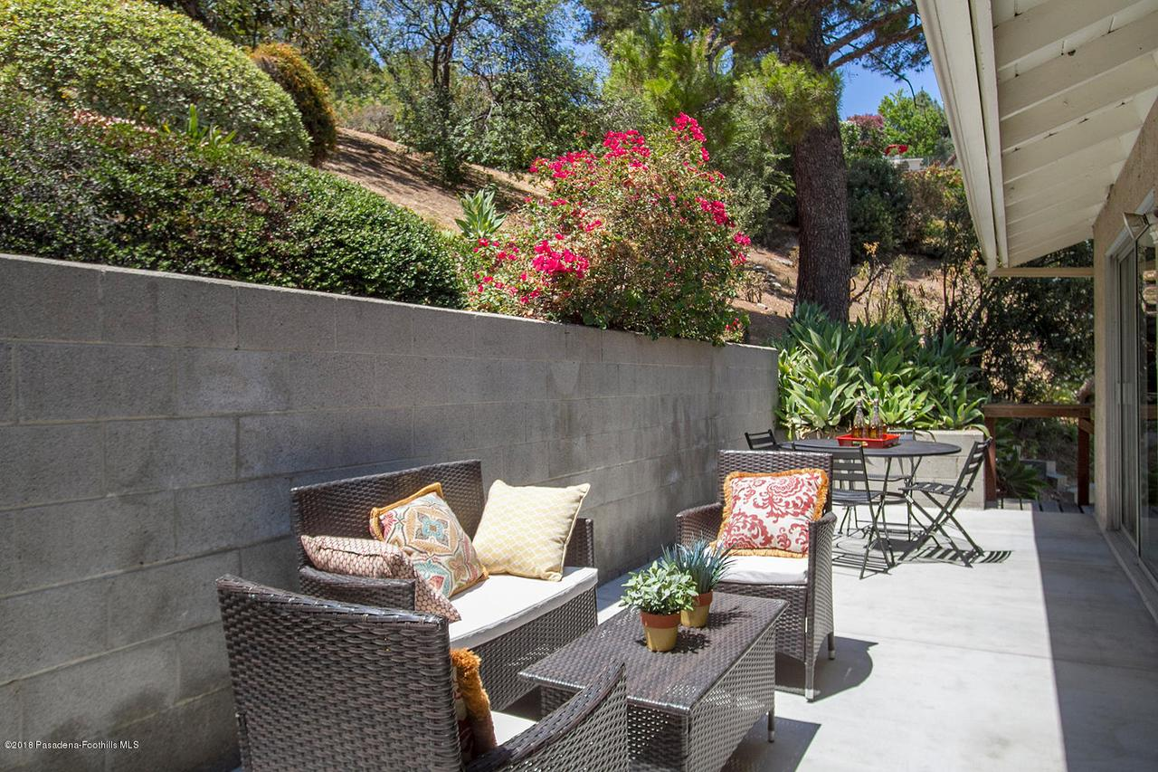 207 LOS LAURELES, South Pasadena, CA 91030 - 207 Los Laureles St 026-mls