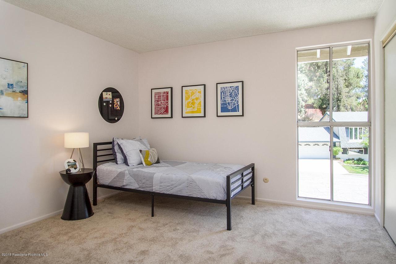 207 LOS LAURELES, South Pasadena, CA 91030 - 207 Los Laureles St 023-mls