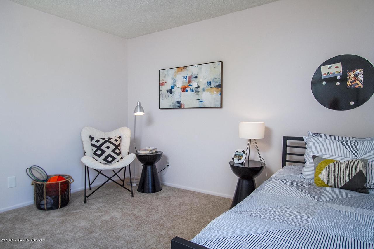 207 LOS LAURELES, South Pasadena, CA 91030 - 207 Los Laureles St 024-mls