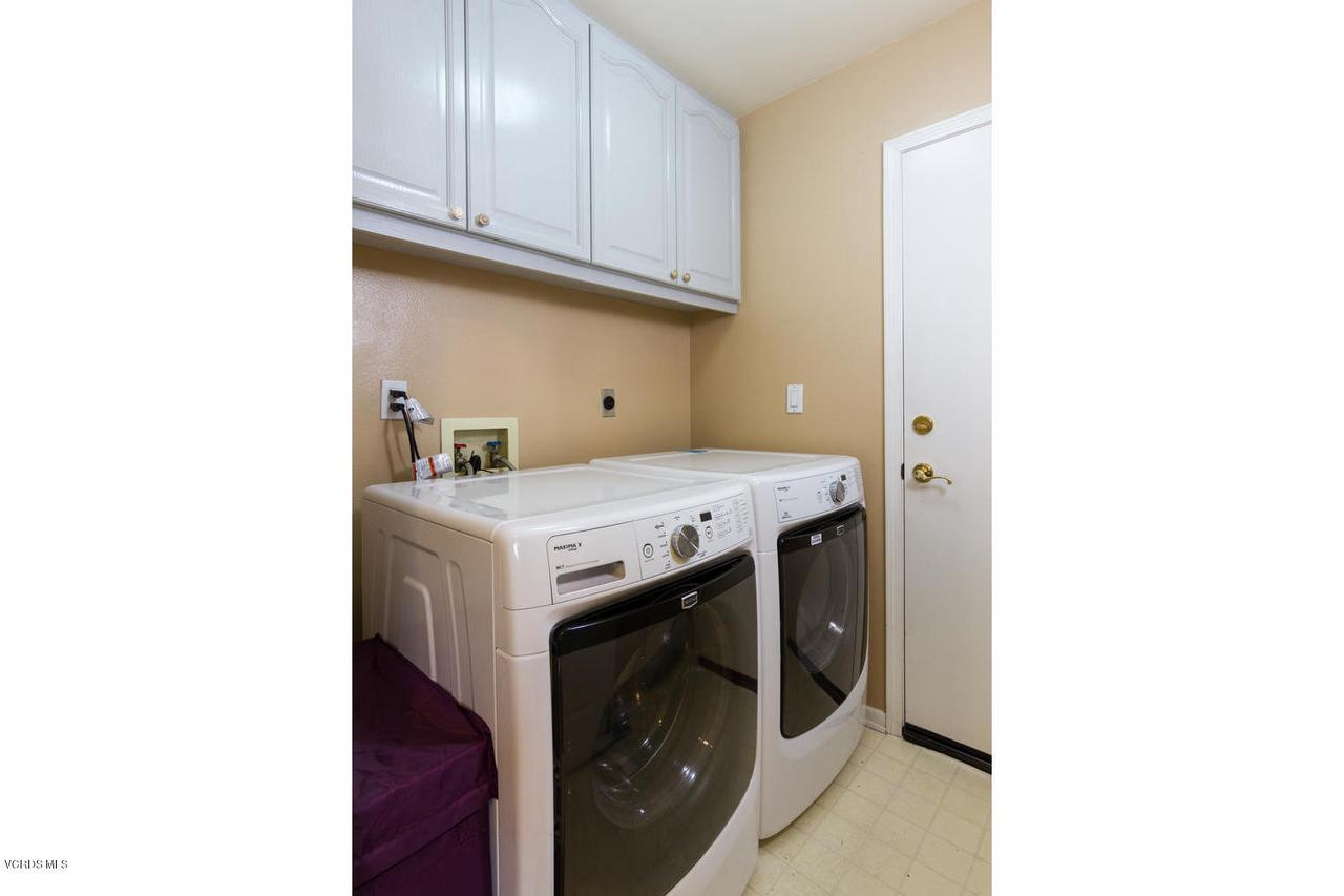 1795 FOX SPRINGS, Newbury Park, CA 91320 - 1795 Fox Springs Cir-017-13-Laundry Room