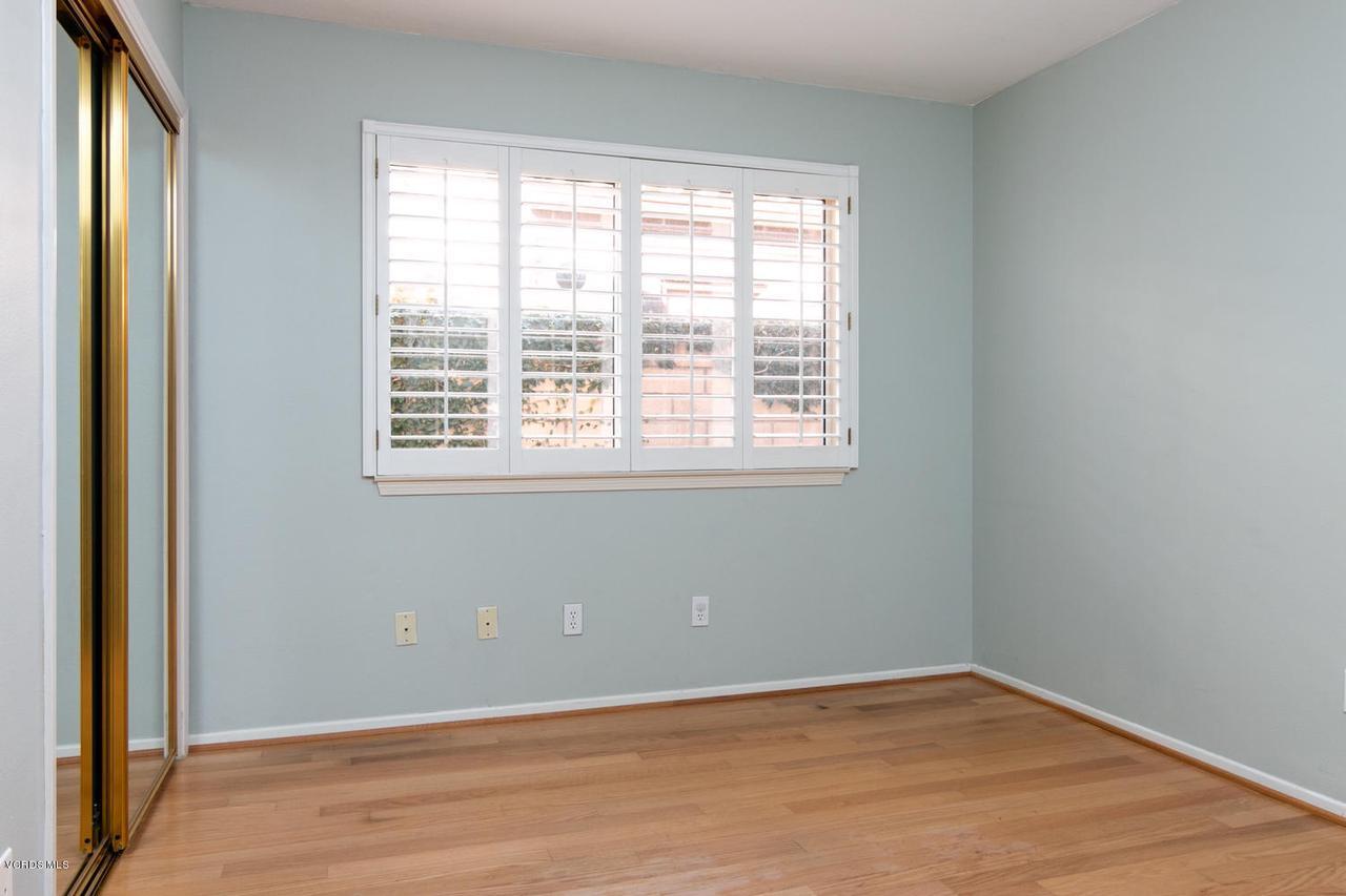 1795 FOX SPRINGS, Newbury Park, CA 91320 - 1795 Fox Springs Cir-014-35-Bedroom-MLS_