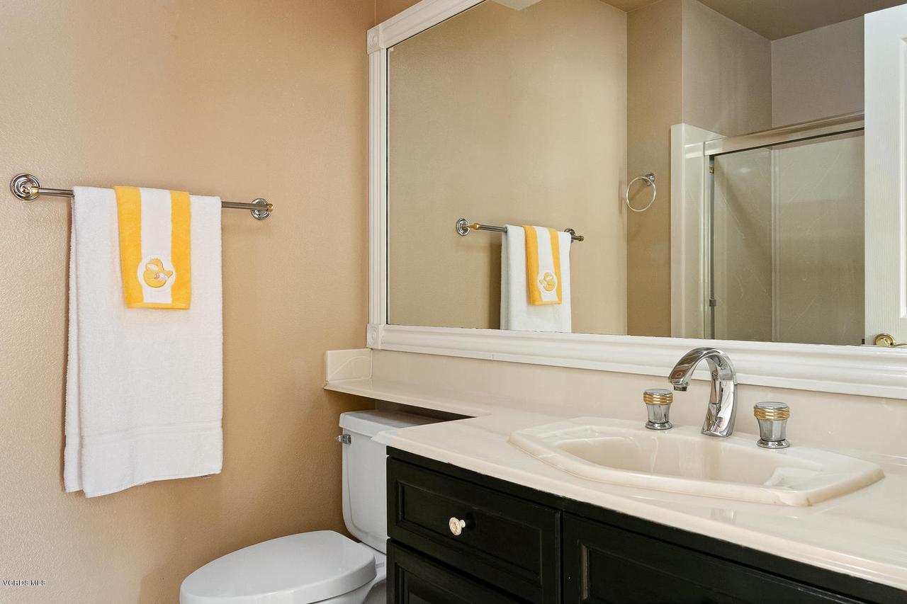 1795 FOX SPRINGS, Newbury Park, CA 91320 - 1795 Fox Springs Cir-015-18-Bathroom-MLS