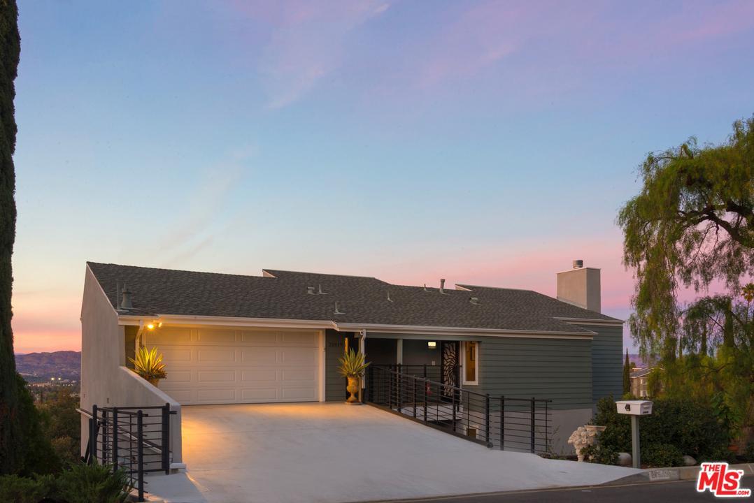 21619 ARCOS, Woodland Hills, CA 91364