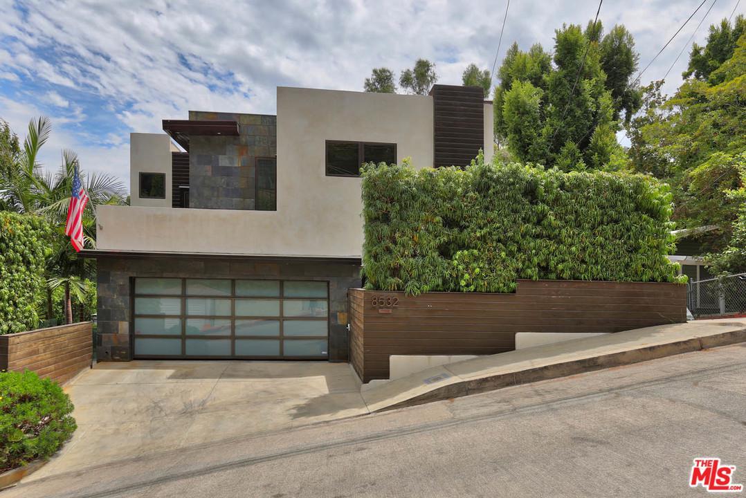 8532 RIDPATH, Los Angeles (City), CA 90046