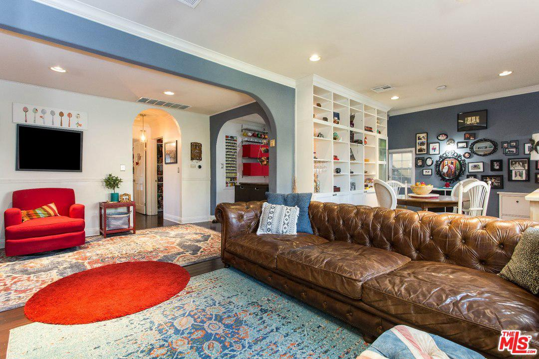 3132 BARBARA, Hollywood Hills, CA 90068