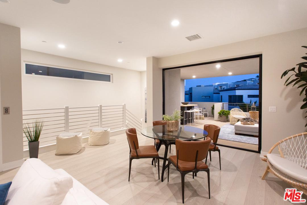 12650 SUNRISE, Playa Vista, CA 90094