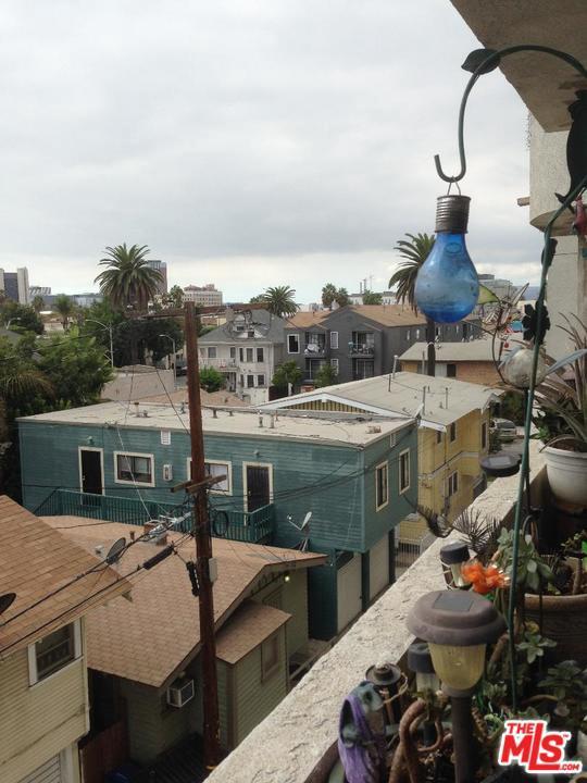 726 ELM, Long Beach, CA 90813
