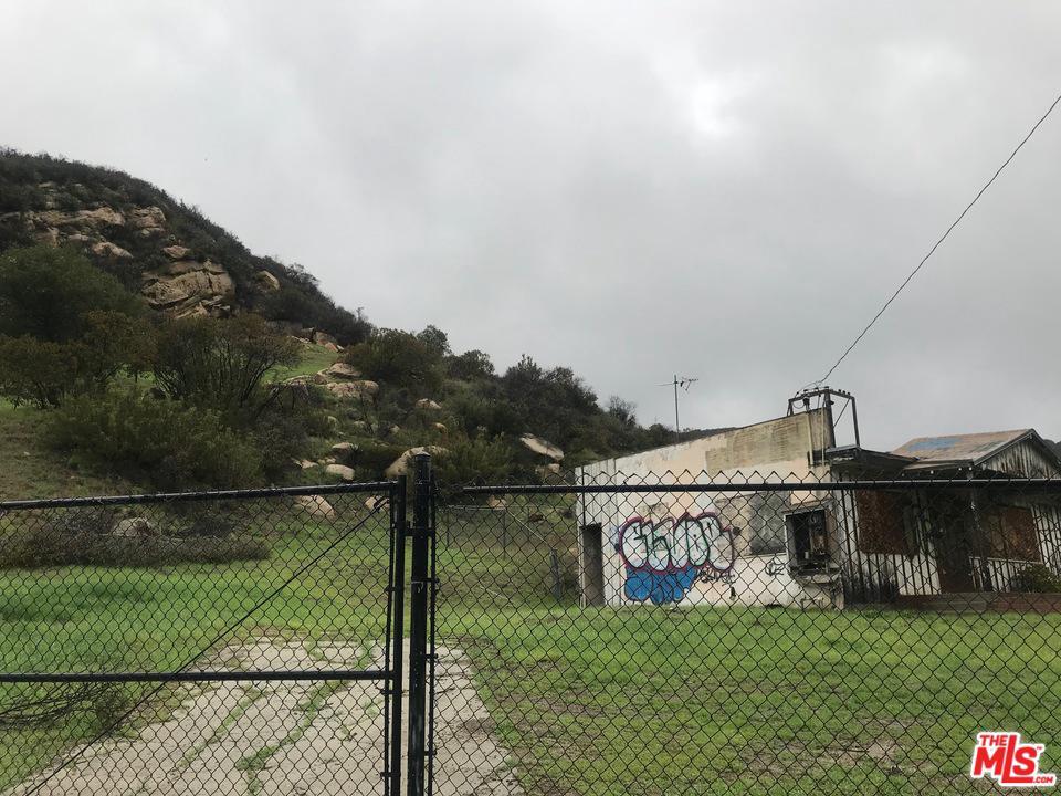 24772 MULHOLLAND, Calabasas, CA 91302
