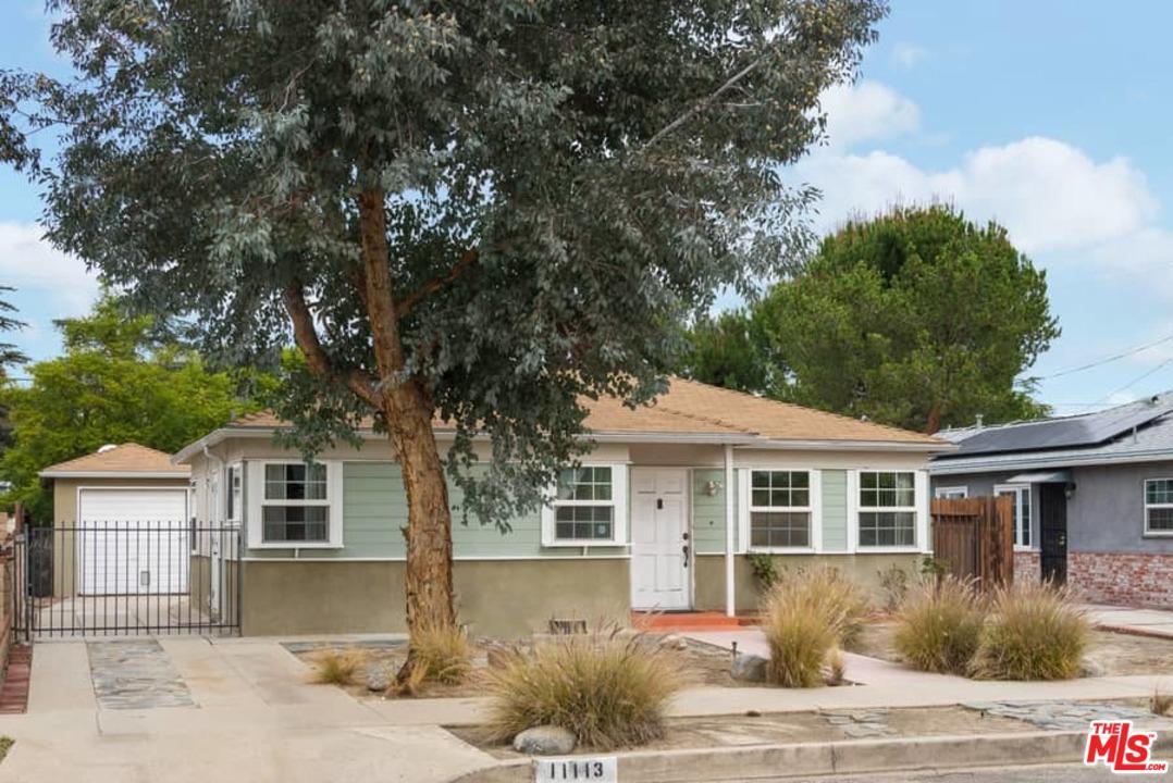 11113 EMELITA, North Hollywood, CA 91601