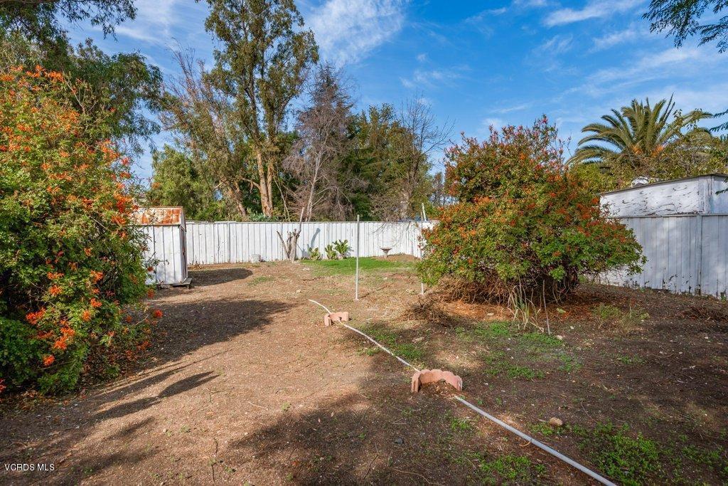 701 BROSSARD, Thousand Oaks, CA 91360 - 020-20-Back Yard_m