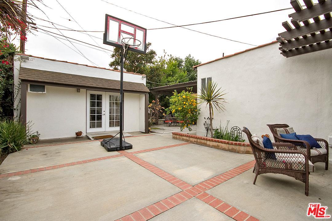 6134 LINDENHURST, Los Angeles (City), CA 90048
