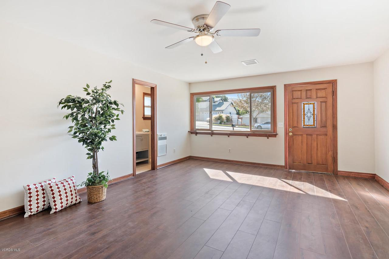 2709 FITZGERALD, Simi Valley, CA 93065 - 2709 Fitzgerald Rd Simi Valley-large-018