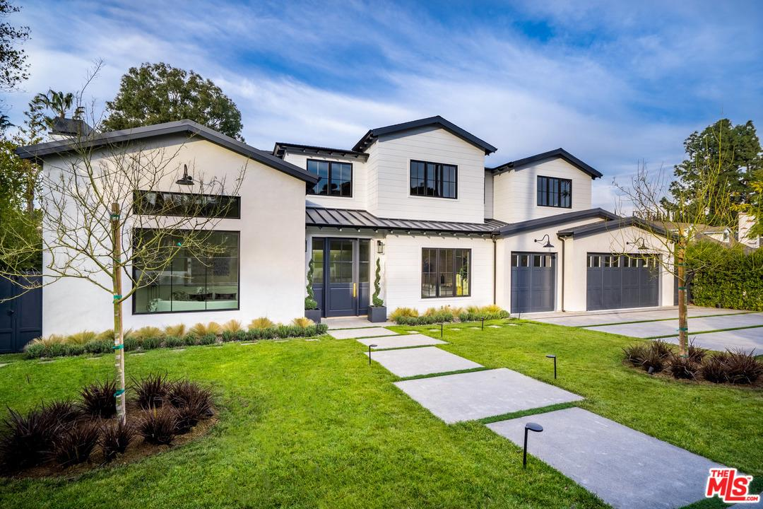 Photo of 15715 WOODVALE RD, Encino, CA 91436