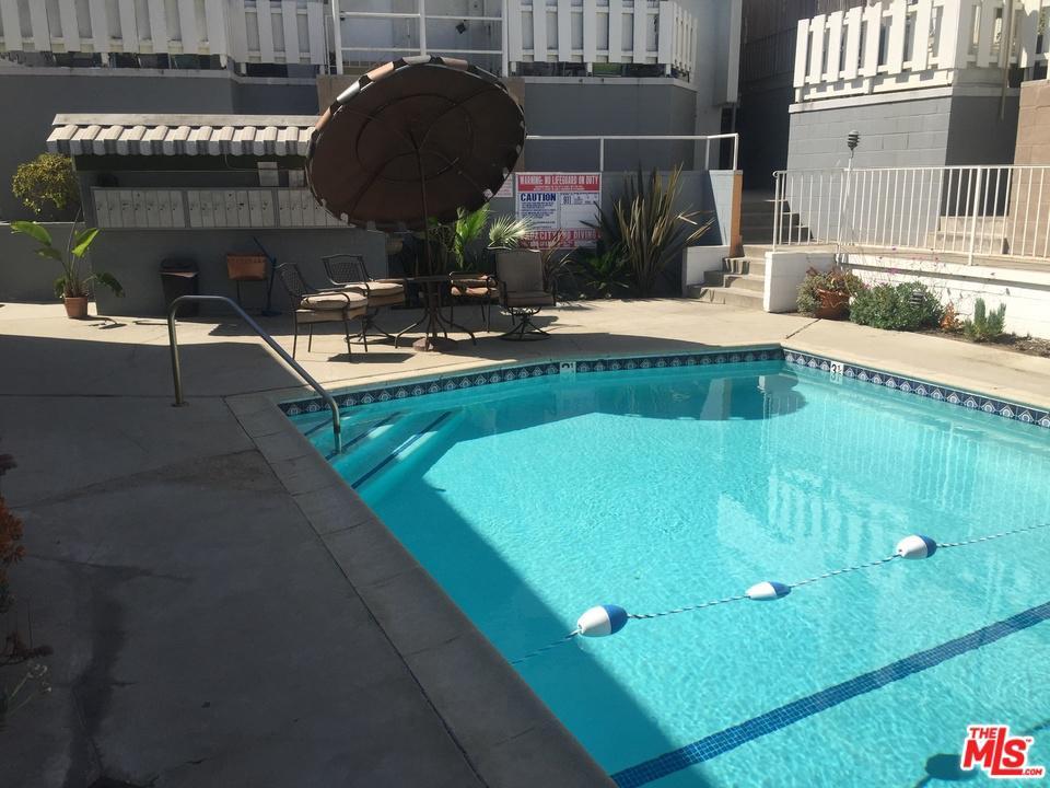 4065 URSULA, Los Angeles (City), CA 90008