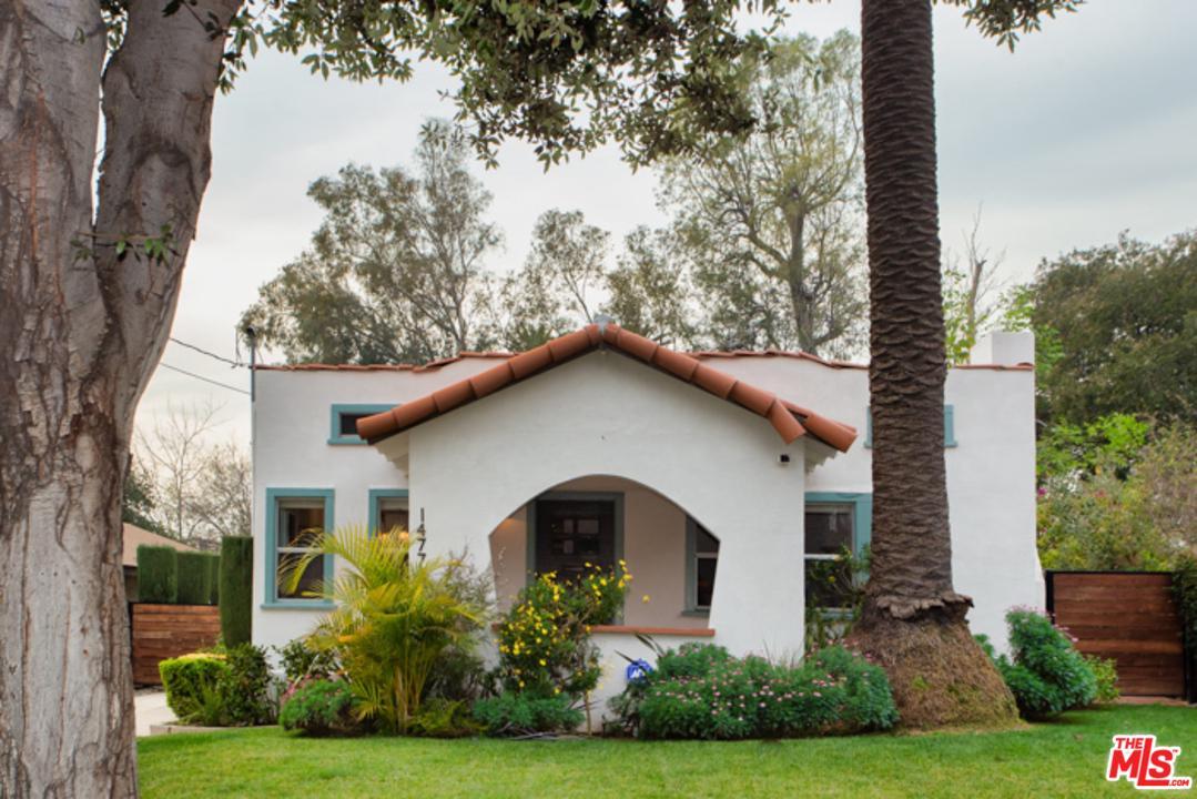 1477 CATALINA, Pasadena, CA 91104