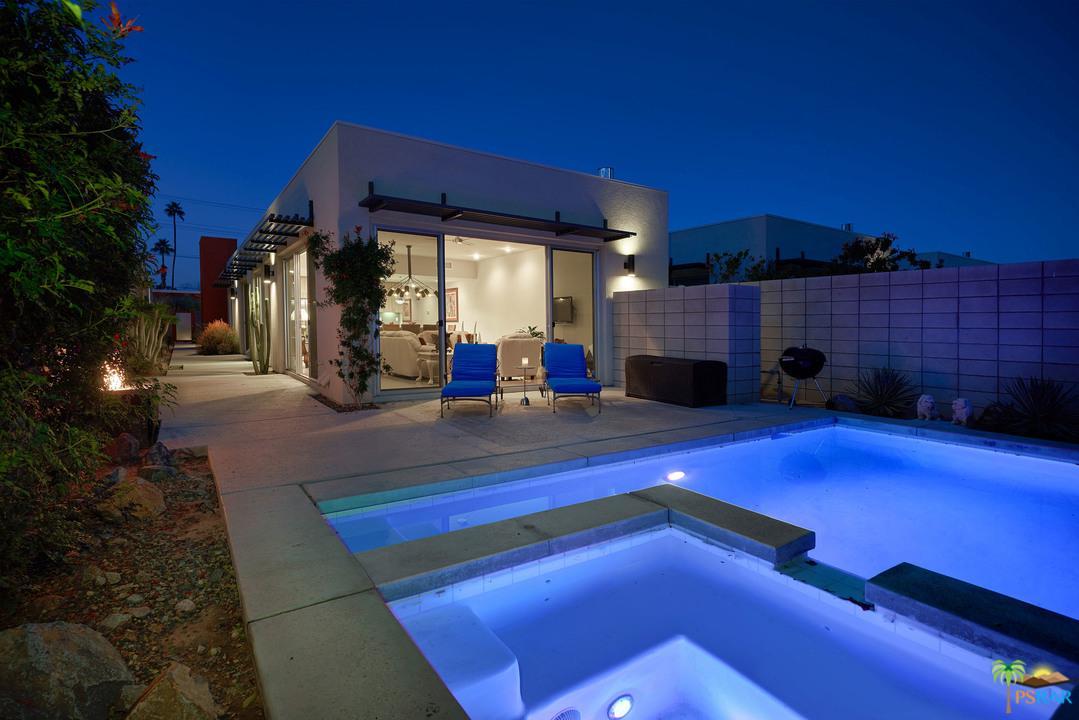 755 TWIN PALMS, Palm Springs, CA 92264