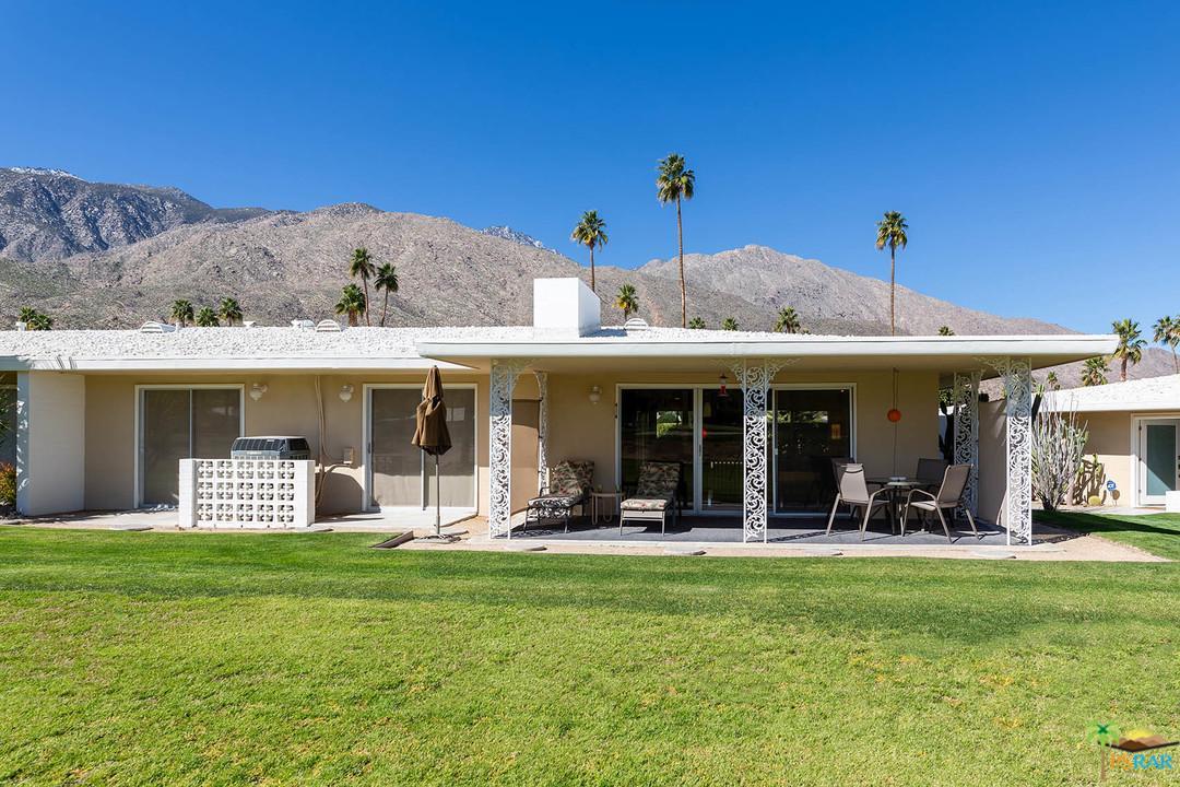 2240 CALLE PALO FIERRO, Palm Springs, CA 92264