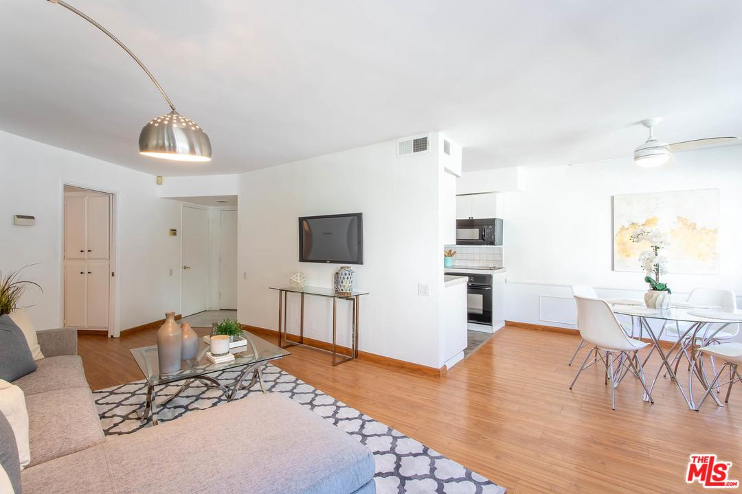 Photo of 8490 FOUNTAIN AVE, West Hollywood, CA 90069