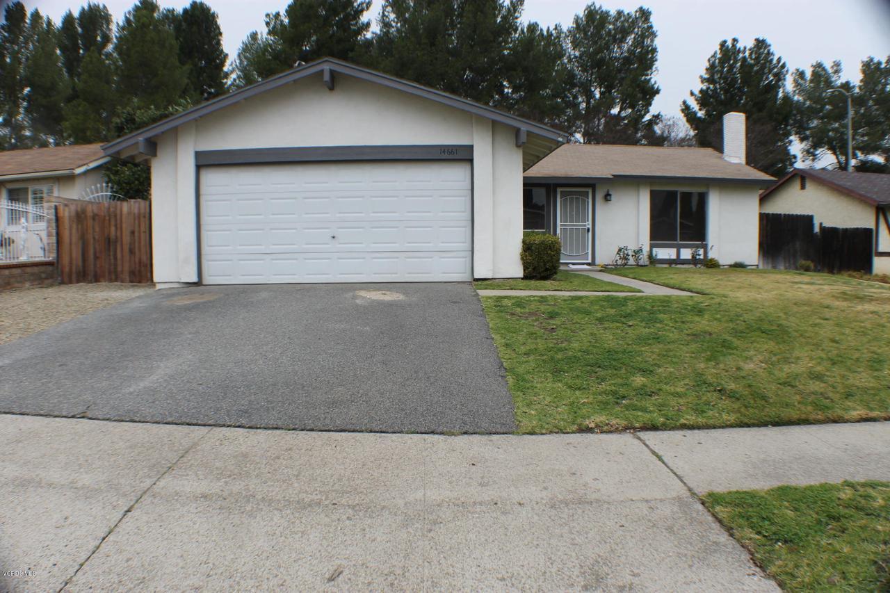 14661 STANFORD, Moorpark, CA 93021 - 1