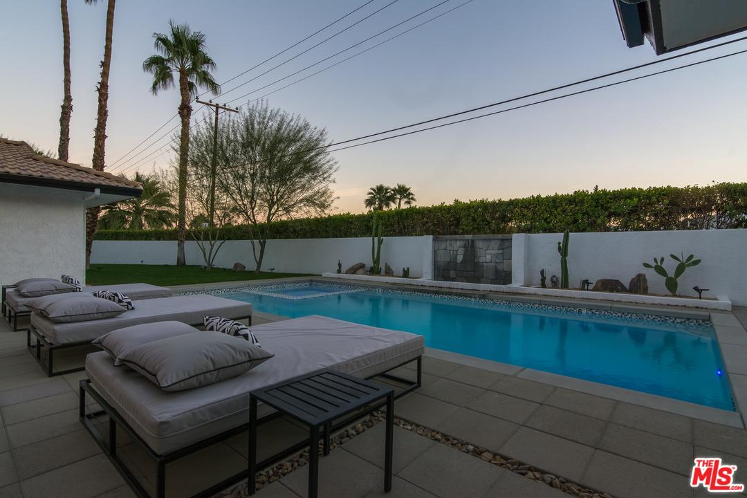 505 CAMINO REAL, Palm Springs, CA 92262