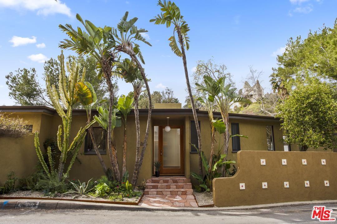 6266 RODGERTON, Los Angeles (City), CA 90068