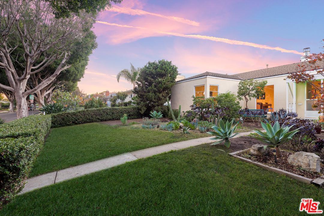 Photo of 2937 DELAWARE AVE, Santa Monica, CA 90404
