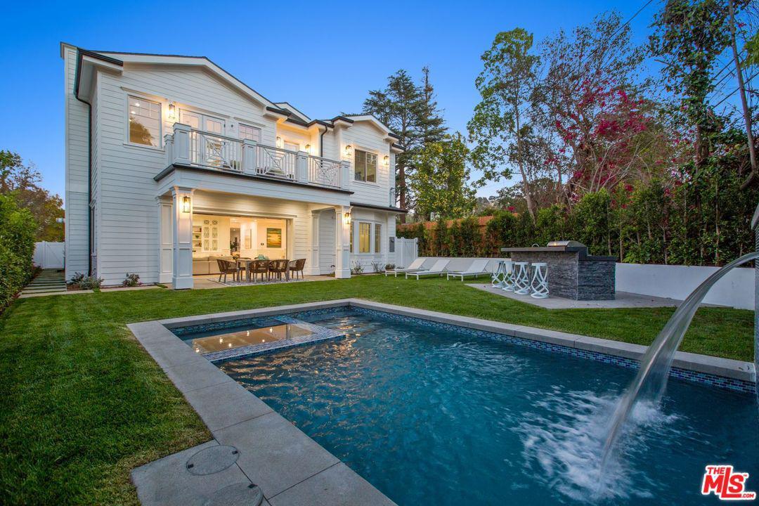 Photo of 4169 HAZELTINE AVE, Sherman Oaks, CA 91423