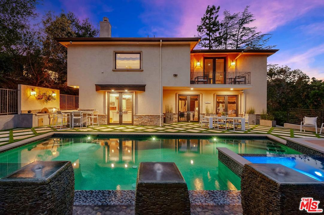 3812 WOODCLIFF, Sherman Oaks, CA 91403
