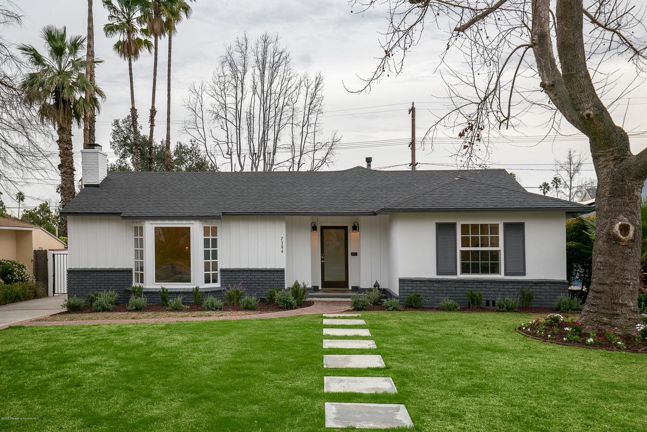 2384 GALBRETH, Pasadena, CA 91104 - Front yard 1