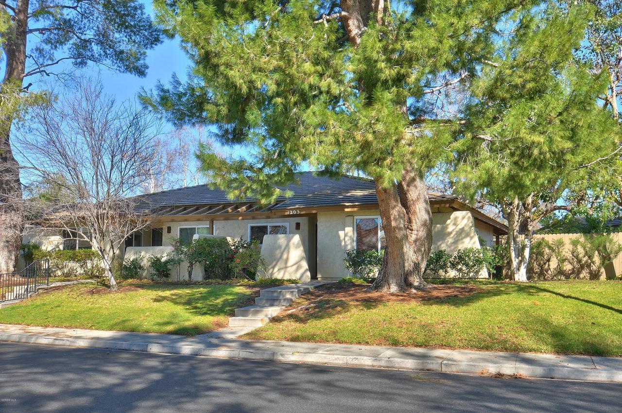Photo of 1203 STONEWALL CIRCLE #1203, Westlake Village, CA 91361