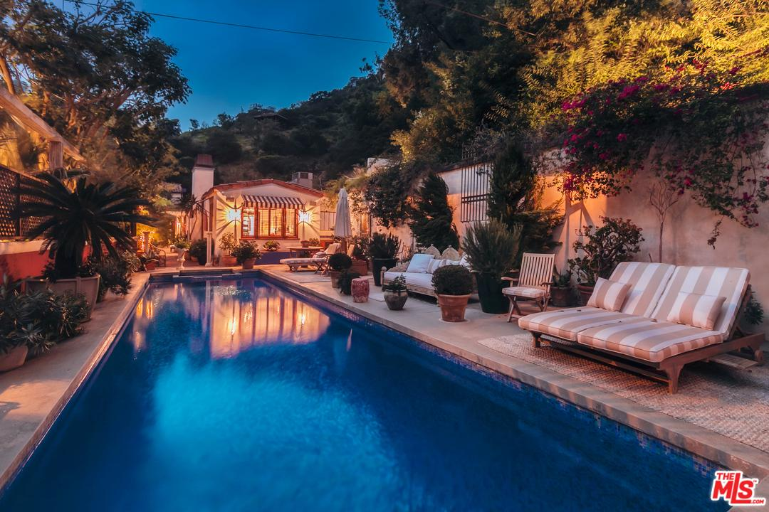 Photo of 10051 CIELO DR, Beverly Hills, CA 90210