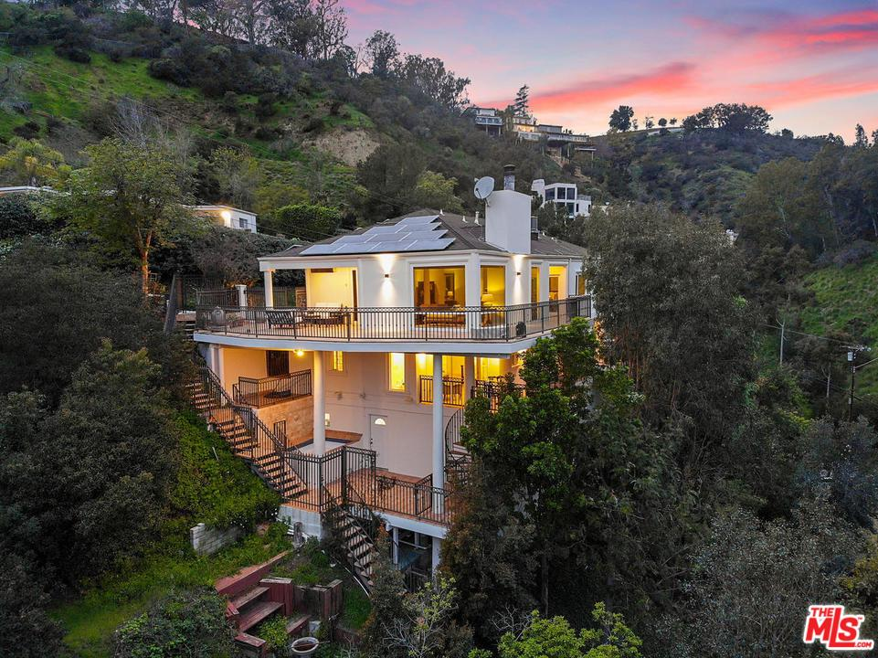 10208 CIELO, Beverly Hills, CA 90210