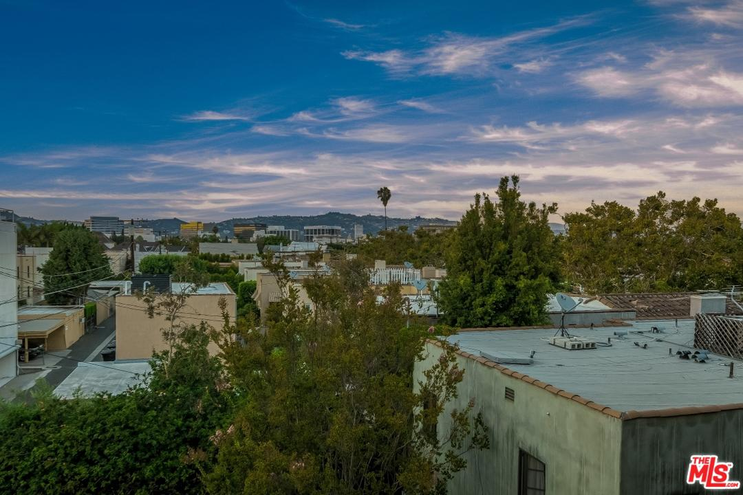 Photo of 455 S BEDFORD DR, Beverly Hills, CA 90212