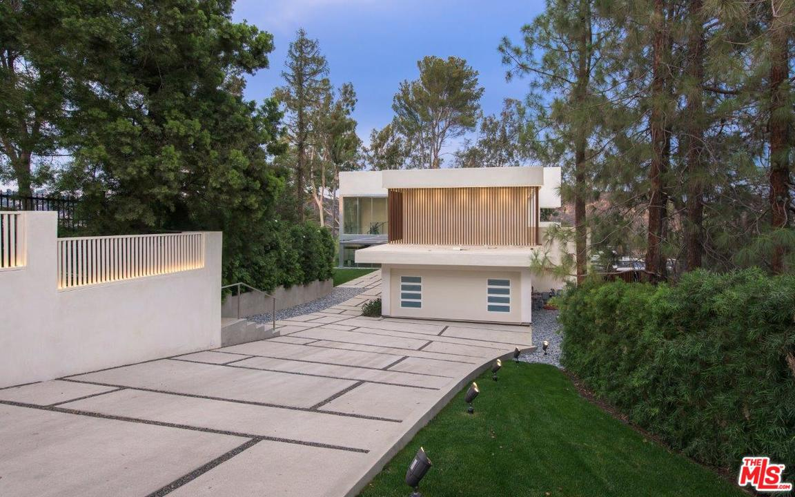 Photo of 1920 RIAL LN, Los Angeles, CA 90077