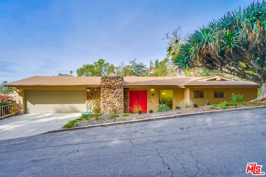 702 CAVANAGH Road - Glendale, California