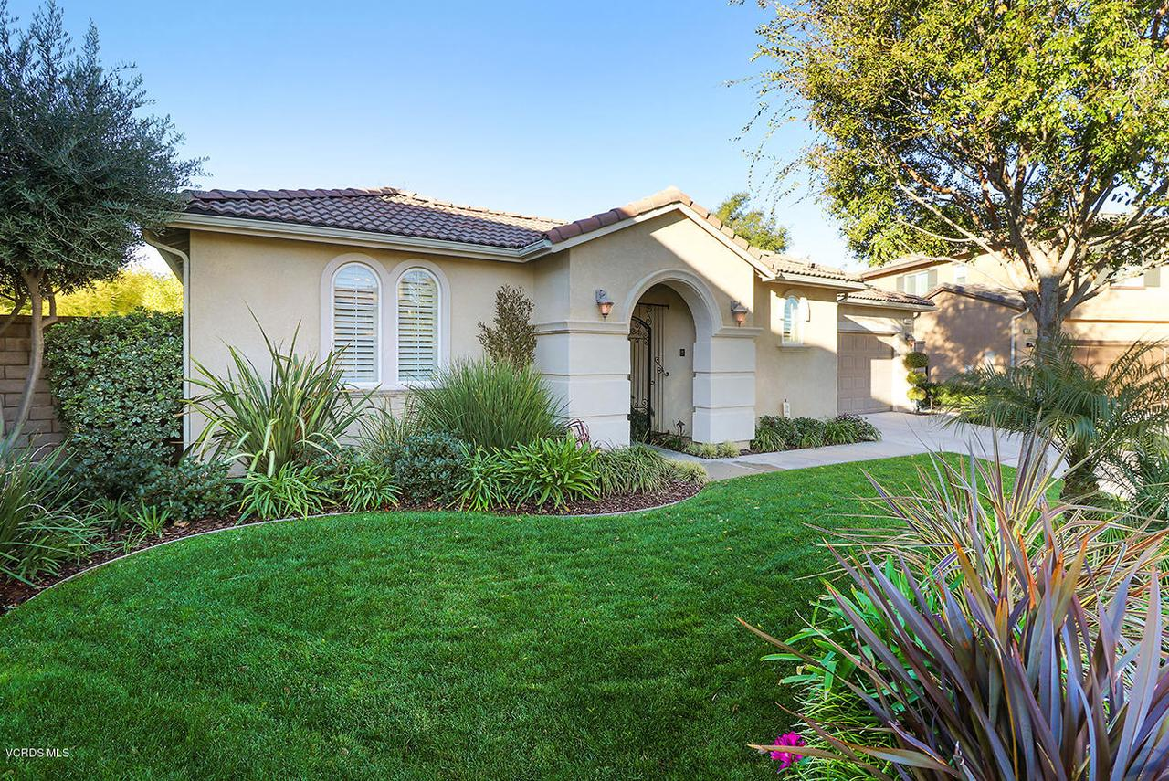 1569 SILVER SHADOW, Newbury Park, CA 91320 - aFront2