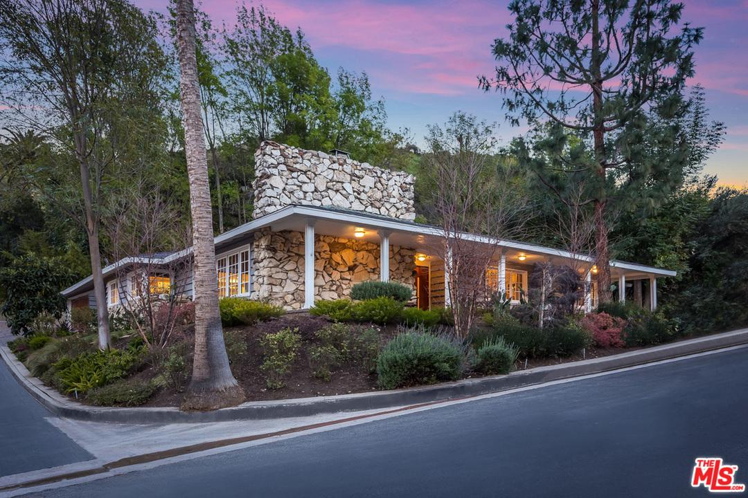 3720 STONE CANYON, Sherman Oaks, CA 91403