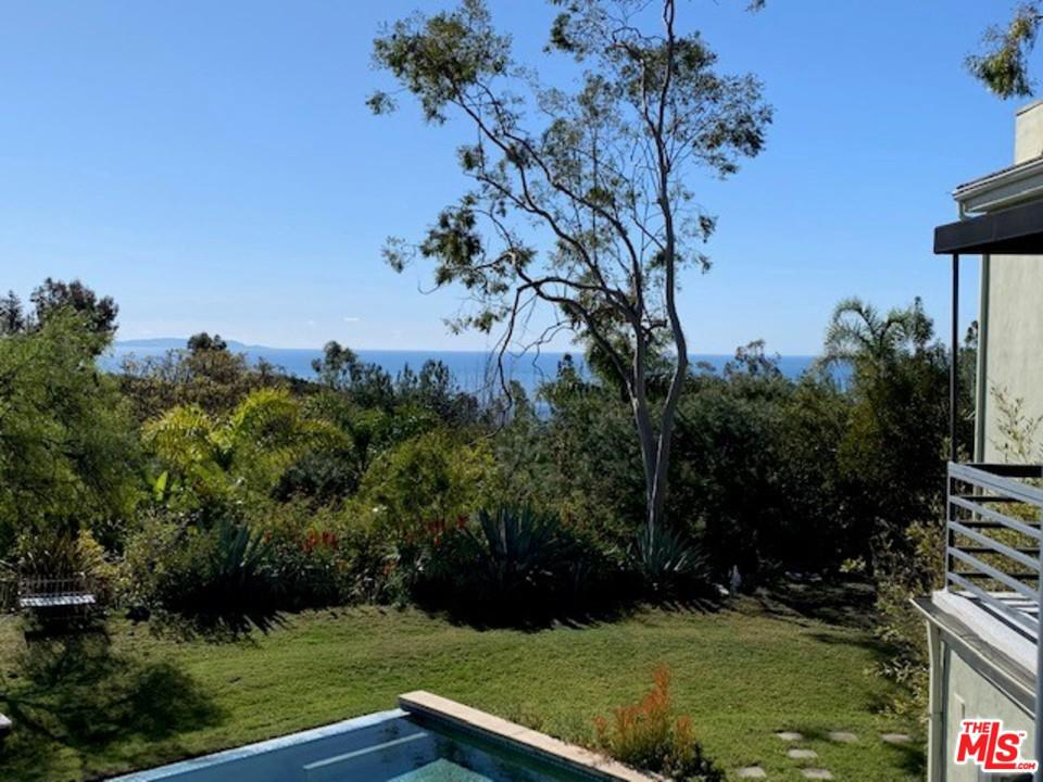 23400 MOON SHADOWS, Malibu, CA 90265