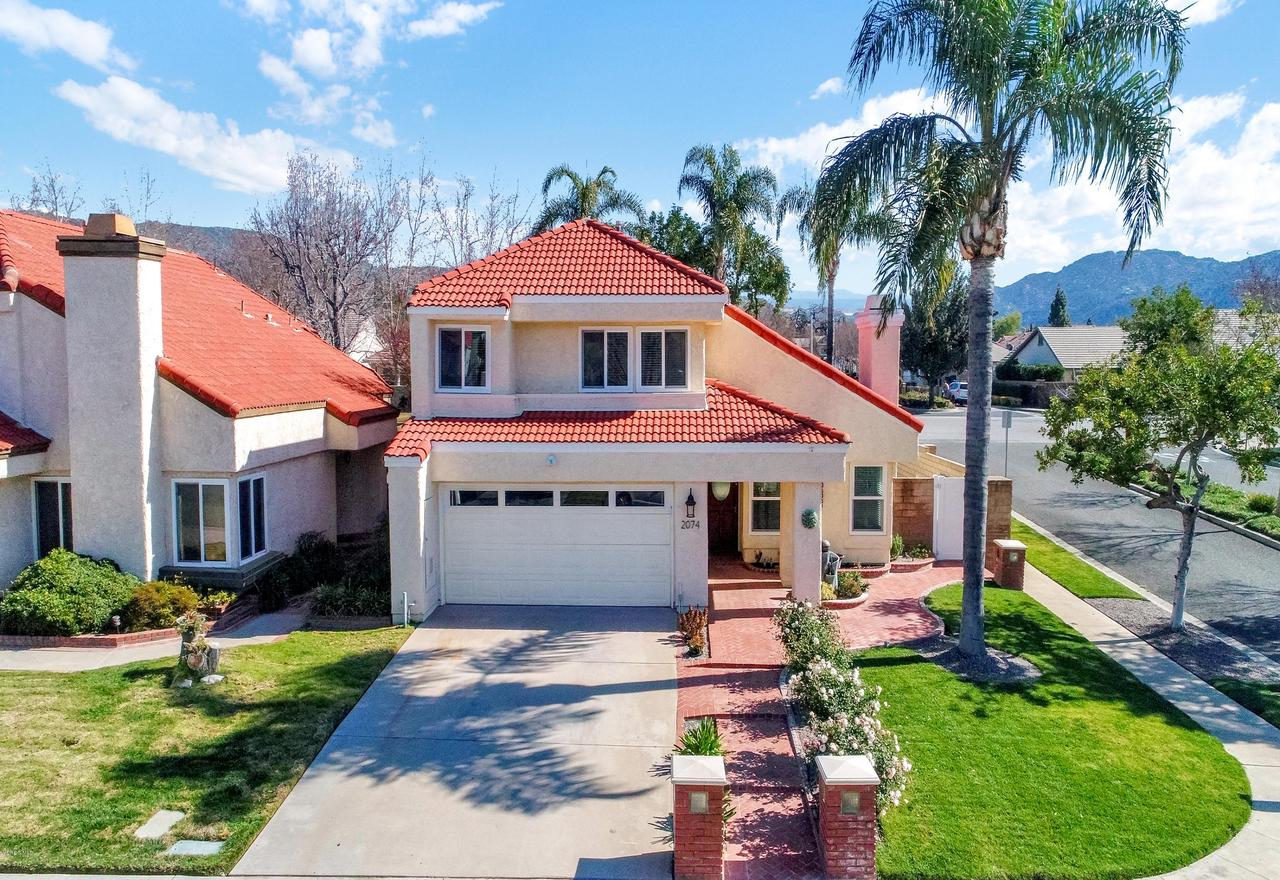 2074 PULLMAN, Simi Valley, CA 93063 - Front