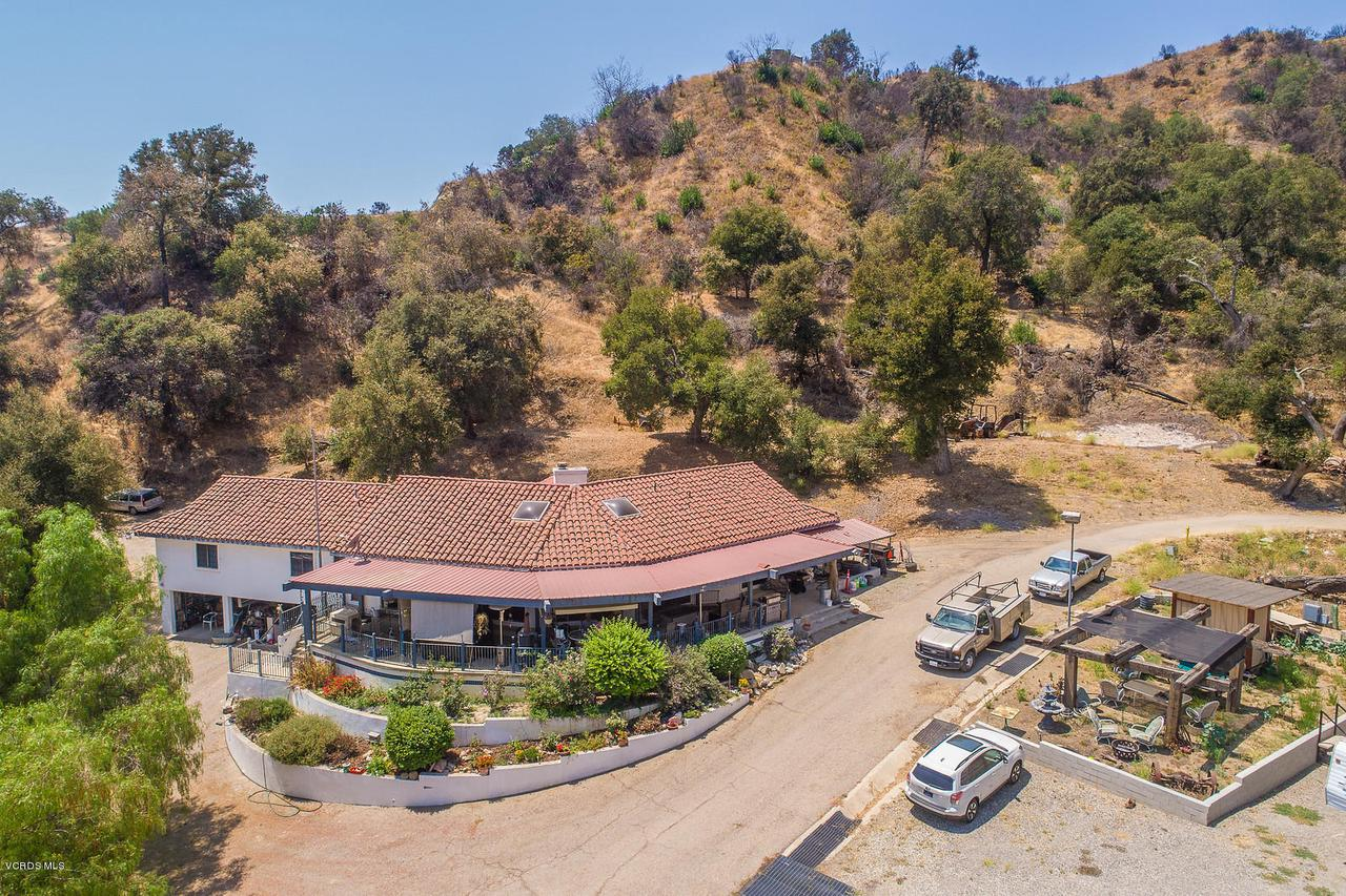 Photo of 8405 LIVE OAK AVE, Santa Paula, CA 93060