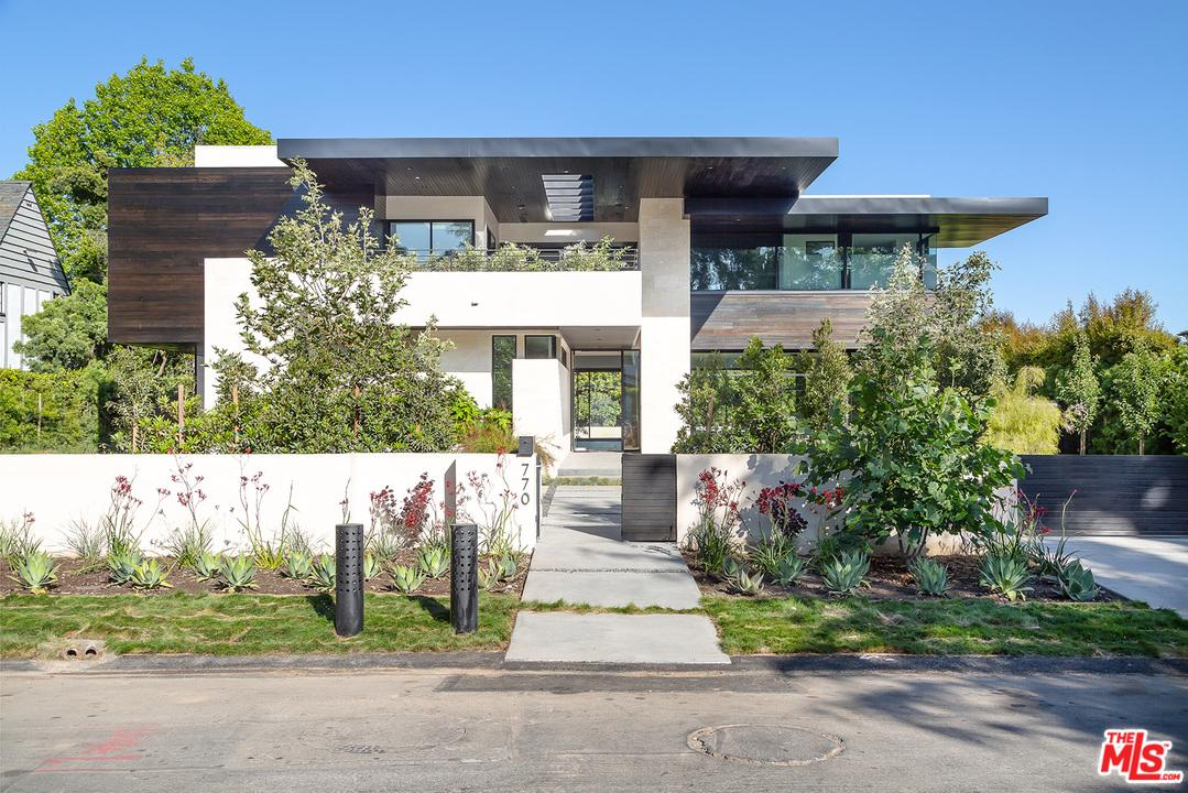 Photo of 770 AMALFI Drive, Pacific Palisades, CA 90272