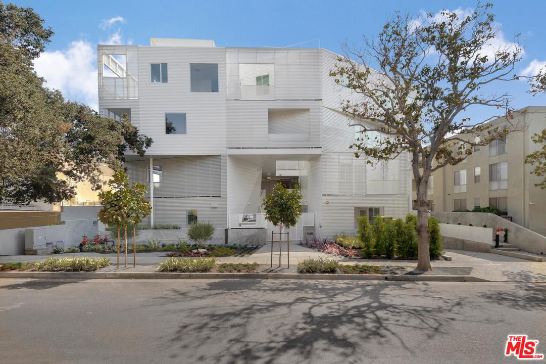 Photo of 1030 N KINGS RD, West Hollywood, CA 90069