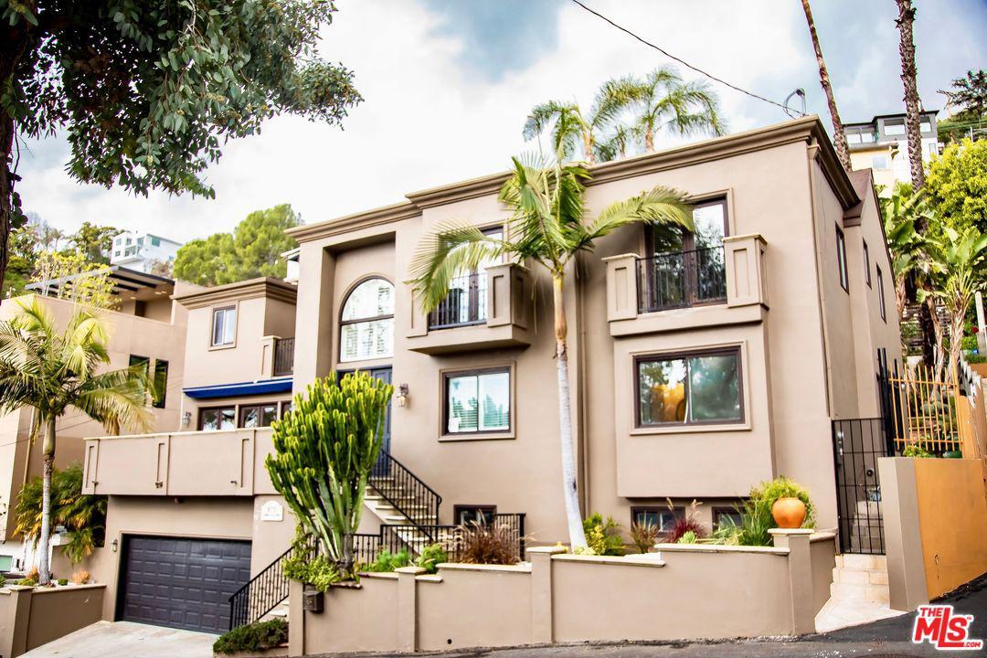 8721 SUNSET PLAZA, West Hollywood, CA 90069