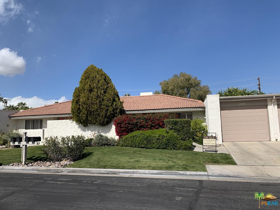 2228 SUNSHINE, Palm Springs, CA 92264