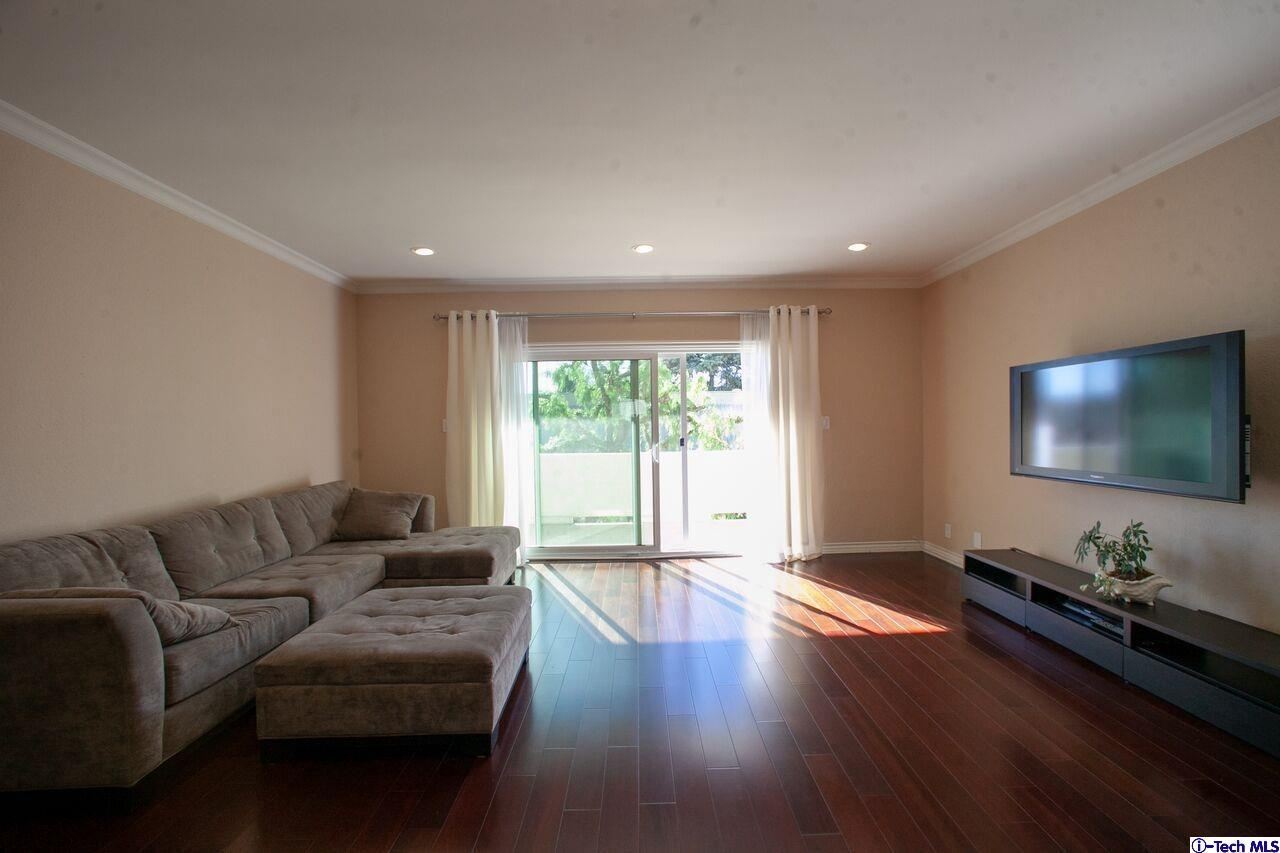 Photo of 1228 NORTH LA CIENEGA BOULEVARD #204, West Hollywood, CA 93369